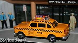 NYC New York City Old Yellow Checker Taxi Cab 1/43 Scale Diecast Metal