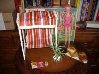 Miss Barbie Sleepy Eye Doll Box Swing Accessories Complee  