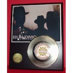 Gold Record Outlet RUN DMC 24KT Gold Record Display