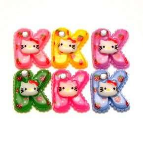 C1820B x 20pcs Mixed Hello Kitty K Letter Strawberry Resin Flatback