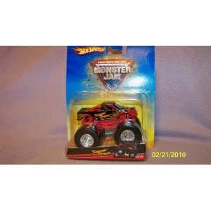 : Screamin Demon Monster Jam Hotwheels Truck 10/70 2007: Toys & Games