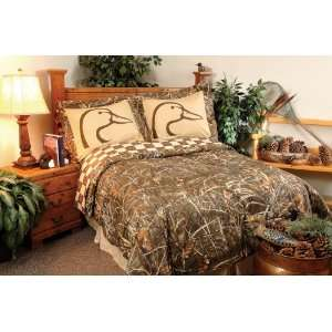 John Marshall Flyway Dreams™ Complete Bedding Set