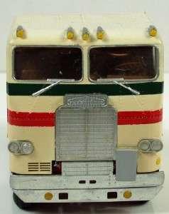 White Freightliner Cabover Truck, Vintage Built Plastic Model, 1/25