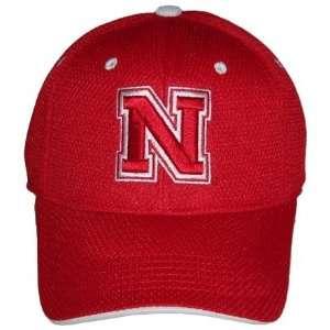 NEBRASKA CORNHUSKERS OFFICIAL NCAA LOGO ONE FIT PERFORMANCE HAT CAP