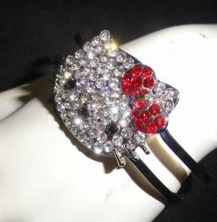 RED BOW BEAUTIFUL HELLO KITTY BRACELET WITH SWAROVSKI CRYSTAL BANGLE