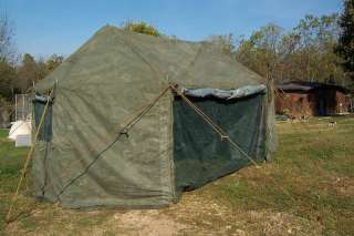MILITARY TENT M1945 COMMAND POST  OLDER STYLE ARMY