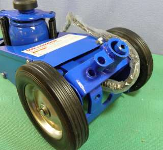 WESTWARD Compact Low Profile Hydraulic Service Truck Jack; 22 Ton; 2