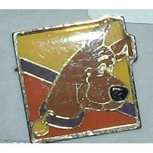 Vintage Hanna Barbera Enamel Pin Scooby Doo Everything