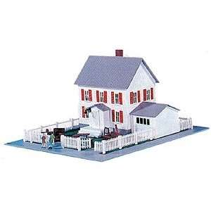 Model Power HO Scale Building Kit   Moving In House Toys & Games