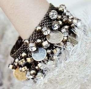 Vintage Rhinestone Crystal Beads Lodestone/Magnet Chain Cuff Bracelet