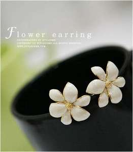 Korean Fashion Exquisite Cute Nice White Flower valentines Earring