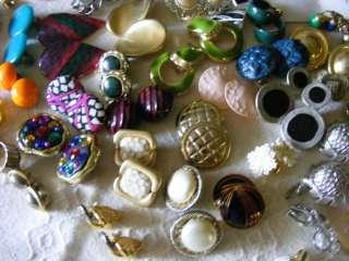 Vintage Costume Estate Jewelry Rings ERs Brooch Bracelet Necklce Lot