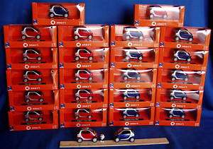New 143 Diecast, 24 smart red & blue cars   fortwo car