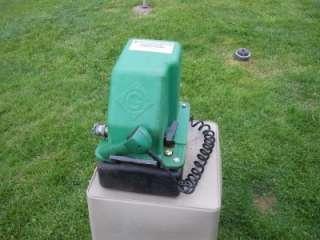 975 Electric Hydraulic Pump w/ Remote 10,000 PSI Capacity 120V