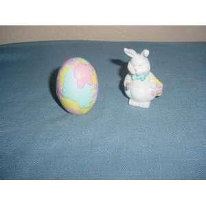 Easter Bunny & Egg Salt & Pepper Shakers