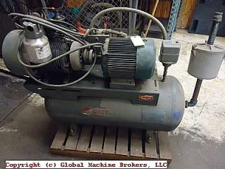 Gast Vacuum Pump Type P With 30 Gallon Tank