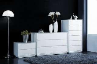 Meuble de chambre design Homa avec peinture high gloss :: Achatdesign