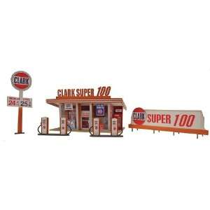 Scale Clark Oil Gas Station Kit  Toys & Games