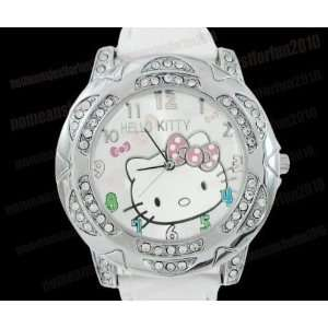 WHITE HELLO KITTY CRYSTAL QUARTZ WATCH in HK pouch