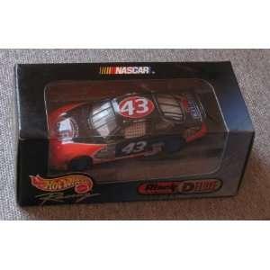 NASCAR #43 STP Hot Wheels Racing Black Chrome Deluxe Edition 143