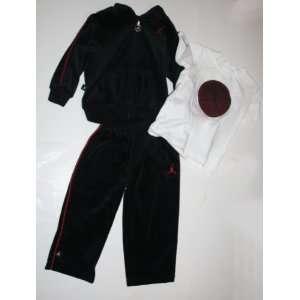 /Baby 3 Piece Sweatsuit   Jacket/Pants/T shirt Size 24 Months Black