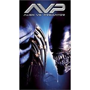 Alien Vs Predator [VHS]: Sanaa Lathan, Lance Henriksen