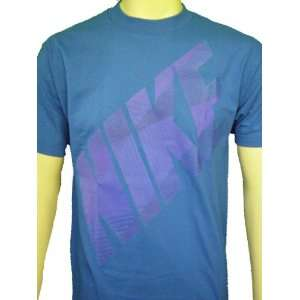 NIKE Mens Graphic Nike Loose Fit T Shirt Blue Size M