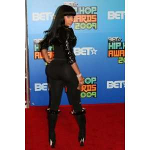 Nicki Minaj 13x19 HD Photo Hot Pop Singer #18